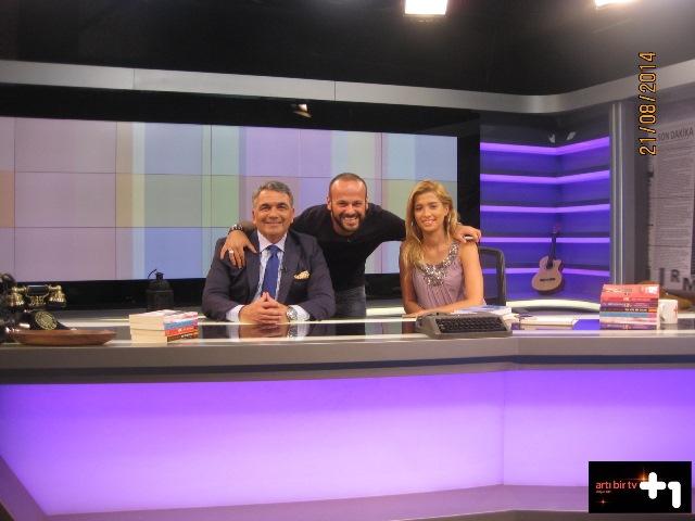 21 Ağustos 2014 - Artı 1 TV Konuşanlar Kulübü Programı (Aret Vartanyan ve Çiğdem Şen)