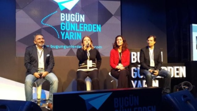 """12 Kasım 2014 – Çanakkale Onsekiz Mart Üniversitesi – Konferans """"Bugün Günlerden Yarın"""""""